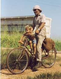 Cuba_-_father_and_son