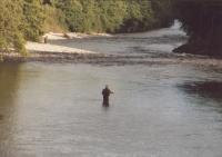 Fishing_in_the_River_Garry_Gravels_-_geograph.org_.uk_-_314334