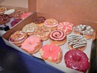 Free_Colorful_Donuts_281209749396629